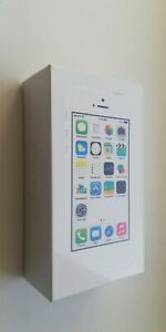 NEW SEALED Apple iPhone 5S 16GB silver UNLOCKED