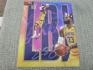 LeBron James LA Lakers 8x10 Photo Signed