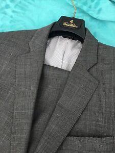"""Beautiful Plaids Gray Suit, Brooks Brothers """"346"""" Sz 44L/36X33 E  Condit"""