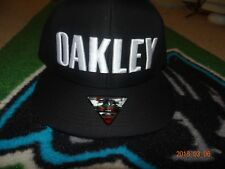 Oakley mens Blackout cap 911702-02E Black California High O Snap One Size Fits