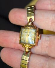 Vintage Bulova Ladies Watch Gold  works working wind up with BOX bubble square