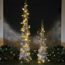 LED 32 Lichter beleuchtete weihnachtliche Deko-Pyramide Weihnachts-Pyramide