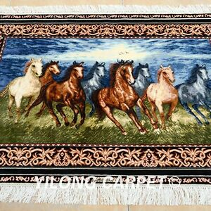 Yilong 3'x4' Great Handmade Silk Area Rugs Horses Pattern Handcraft Carpets 1962