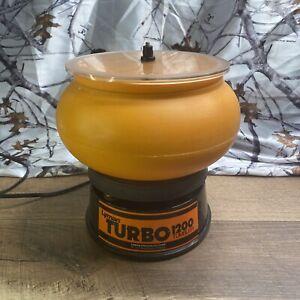 Lyman Turbo 1200 Pro Vibratory Case Tumbler - Orange And Black