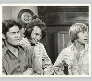 THE MONKEES Band POP MUSIC Television ROCK N ROLL Teen Idol 1960s Press Photo