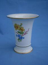 *******  herrliche Porzellan-Krater-Vase von Meissen mit Streublümchen  *******