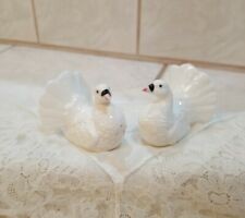Vintage Porcelain Turkeys Salt & Pepper Shakers Set 1 3/4""