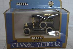 "ERTL Classic Vehicles 1913 Ford Model T Van ""TA-PAT-CO Horse Collar Pads"" 1:43"