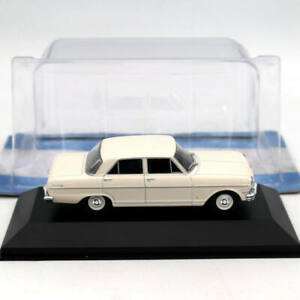1/43 IXO Chevrolet 400 4 Puertas 1962 Diecast Models Limited Edition