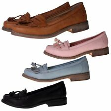 Dolcis Synthetic Leather Casual Shoes for Women