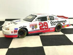 PROTOTYPE 1:32 Kevin Harvick #29 GM Goodwrench White 2001 Chevy DIN 0000