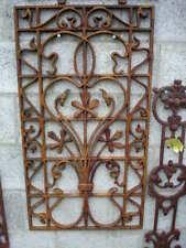 plaque,grille,face de porte, fronton , décoration en fonte , antivol