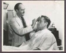 ERROL FLYNN Make Up Chair Ward Hamilton 1952 Candid On Set Original Photo J4261