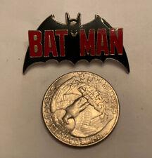 ~VINTAGE PIN~ 1982 BATMAN ~DC COMICS~ ENAMEL ~METAL ~OFFICIALLY LICENSED~