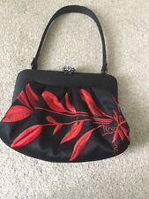 STUNNING ❤️ COAST RED BLACK MATCHING EMBROIDERED EVENING DRESS PARTY BAG