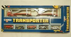 Corgi Juniors Red Volvo Globetrotter Transporter & Trailer Set. 3168. 5 car set.