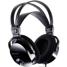 Pioneer Fully Enclosed Dynamic Headphones With Self Adjusting Head Band and Ear