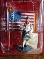 POM107S SOLDAT plomb DEL PRADO 1/32 POMPIERS DU MONDE Tenue Cérémonie USA 2003