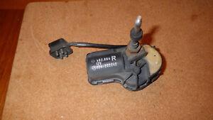 Wischermotor Scheinwerferreinigung rechts,  Mercedes W124 Teile Nr. 1248202242