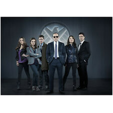 Agents of S.H.I.E.L.D. Clark Gregg as Agent Coulson with Cast 8 x 10 Inch Photo