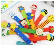 Articles de maison multicolore en bois pour le monde de l'enfant