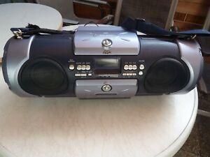 JVC RV-B-55-BU Boom Blaster tragbarer CD-Radiorekorder grau Top Ghettoblaster