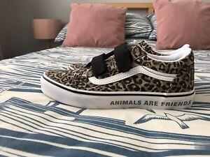 girls (older) Animal print vans Trainers size 4