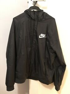 Nike Black Jacket Windbreaker Outdoor Casual Gym Activewear Track jacket