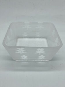Vintage Frosted Glass Christmas Tree Snack Dish Bowl Nibbles Trinket Dish