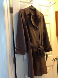 New Women's raincost, Gallery, lg, olive green, new with tags, belted,