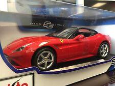 Maisto 1:18 Scale Diecast Model Car - Ferrari California T (Red)