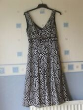 LADIES  FLARED DRESS  SIZE 8  BLACK/SILVER/GREY  *PRINCIPLES*