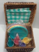 VINTAGE WICKER PICNIC BASKET! Set For 4 People! Plates cups table cloth utensils