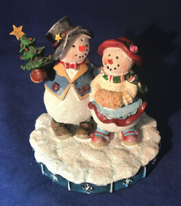 Mr and Mrs Snowman cute figurine
