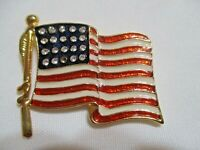 BEAUTIFUL VINTAGE AMERICAN FLAG BROOCH W/CLEAR RHINESTONES BROOCH PIN