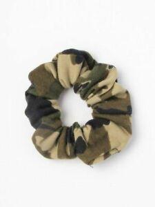 Medium scrunchie in camouflage print fabric