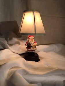 "CHRISTMAS SML 11"" RESIN? SANTA LAMP"