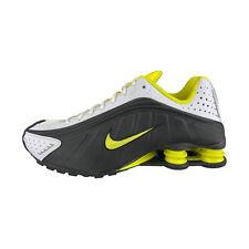 Nike Shox R4 M GrauSchwarz Herren | Herrin, Nike shox, Nike