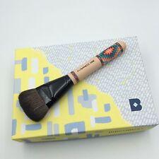MAC 125SE VIbe Tribe Split Dense Fiber Contour Brush Full Retail Packaging