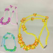 No Bead/Stone Unbranded Vintage Costume Necklaces