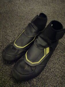Shimano RW5 Winter Road Shoes Size 44 Used sh-rw500 with look cleats