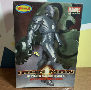 """MOEBIUS """"IRON MAN"""" MARK II Armor 1/8 scale All plastic assembly kit 2008"""