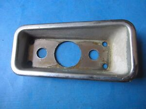 FIAT 850 SPIDER 1971-73 RIGHT FRONT  SIDE MARKER SURROUND USED