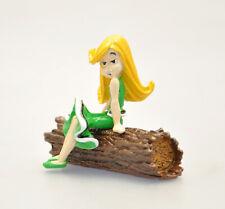 2352 - Zaza assise sur le tronc d'arbre - Astérix - Pixi