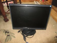 Gateway FPD1975W Widescreen LCD Monitor Display 19""