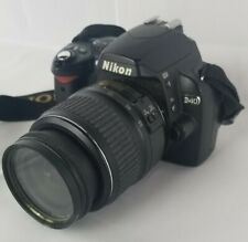 Nikon D40 6.1MP SLR Camera w/18-55mm f3.5-5.6G ED II AF-S DX Nikkor Len *as-is*