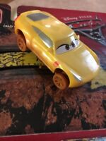 Disney Pixar Cars 3 Crazy 8 Crashers 1:55 Scale Vehicle - Cruz Ramirez *