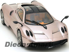 PAGANI HUAYRA METALLIC CHAMPAGNE 1:18 DIECAST CAR MODEL BY MOTORMAX 77160