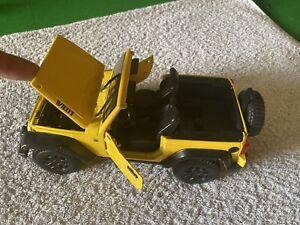 Maisto 2014 Jeep Wrangler Vehicle - Yellow - Scale 1:18