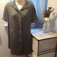 Cynthia Rowley Olive Green Oversized Silky Shirt Dress Short Sleeved Size XS